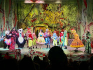 Theatre Review: Snow White Pantomime