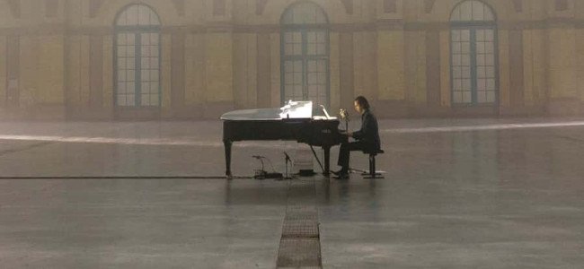 Movie Review: Idiot Prayer – Nick Cave Live at Alexandra Place