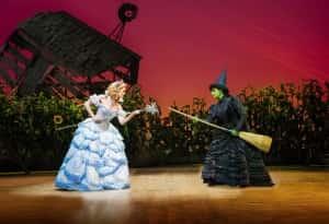 Glinda and Elphaba (a previous cast). Photo credit: Matt Crockett